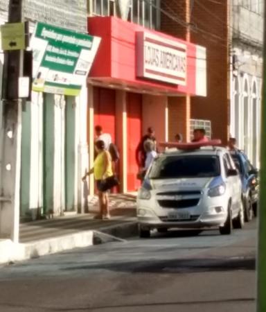 Loja de departamento é arrombada e furtada no Centro de Estância