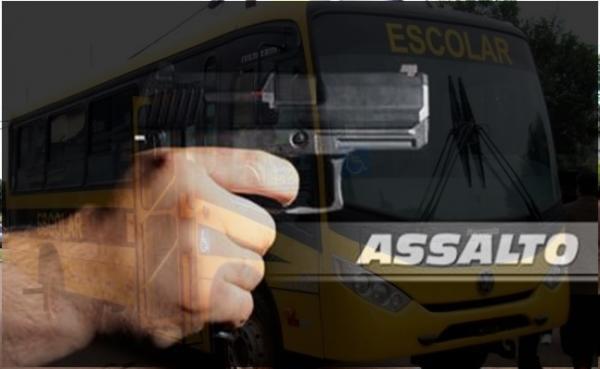 Ônibus escolar é assaltado em Estância
