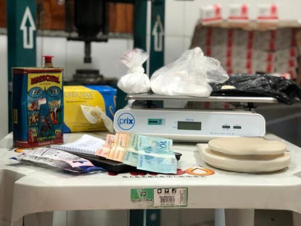 Casal suspeito de refinar cocaína e movimentar mais de R$ 3 milhões para Feira de Santana é preso