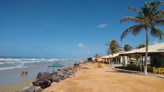 Justiça determina que circulação de veículos na Praia do Abaís seja coibida