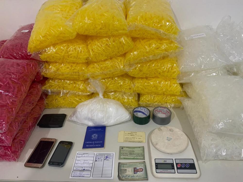 Policiais civis de Estância prendem acusada de tráfico de drogas na cidade de Socorro