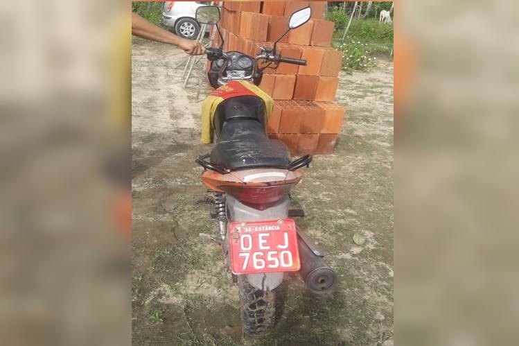 PM recupera motocicleta roubada em Estância