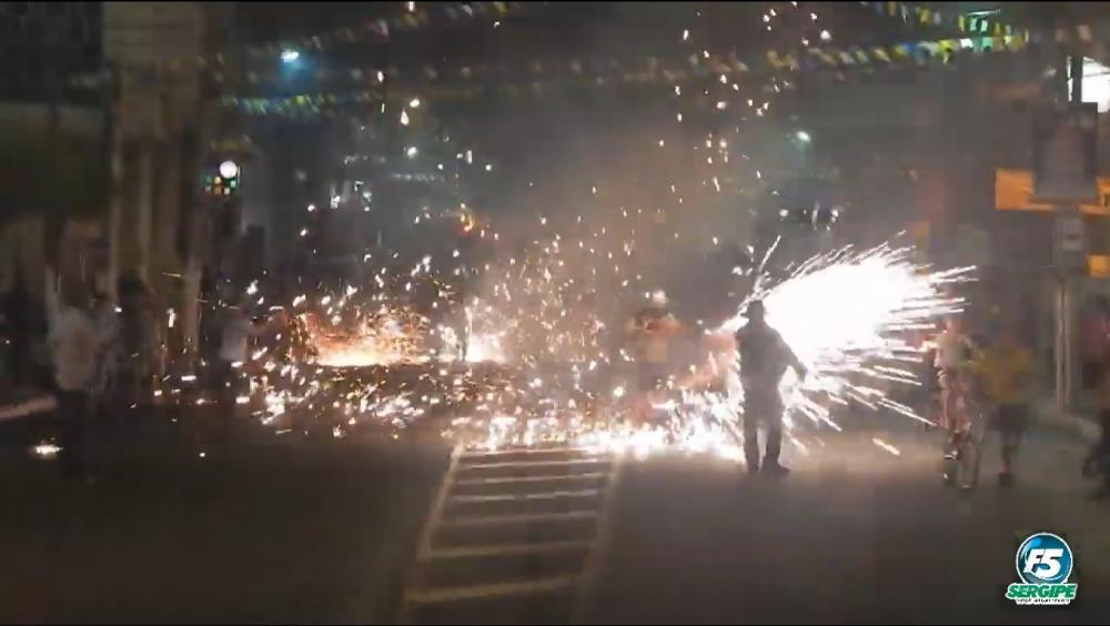Estância: decreto proíbe comercialização e soltura de fogos de artifício