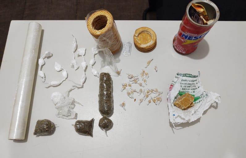 Polícia Civil de Estância prende em flagrante suspeita de tráfico de drogas