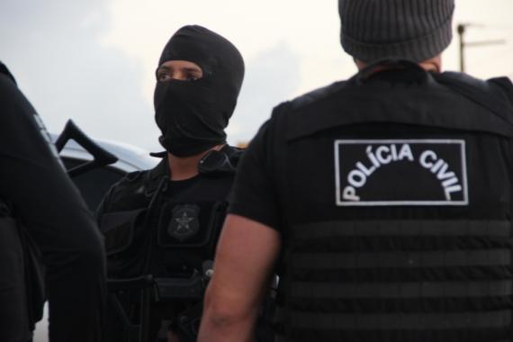 Polícia Civil de Estância realiza operação e dá cumprimento a sete mandados de prisão