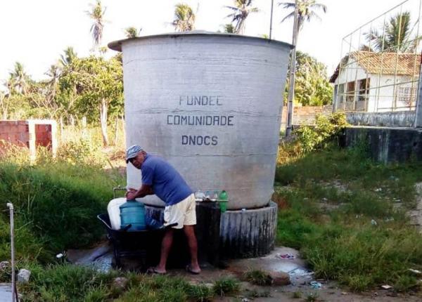 Prefeitura não paga talão de energia e deixa bombas de água desligadas