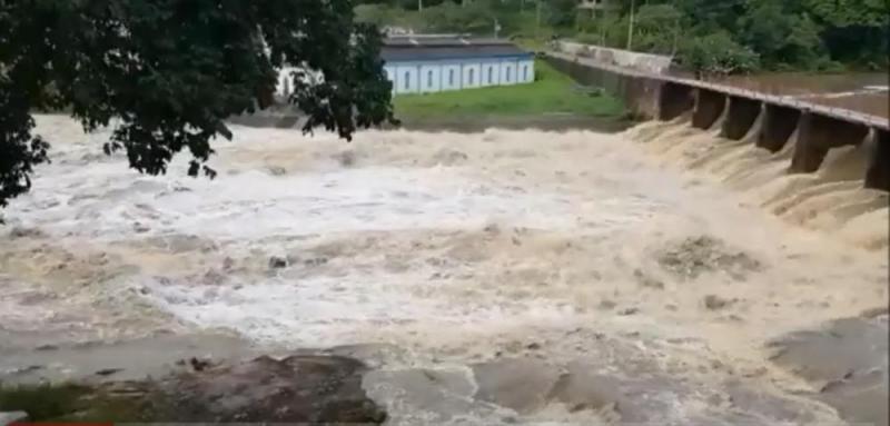 Fortes chuvas elevam o nível do rio em Estância -07/06/2019